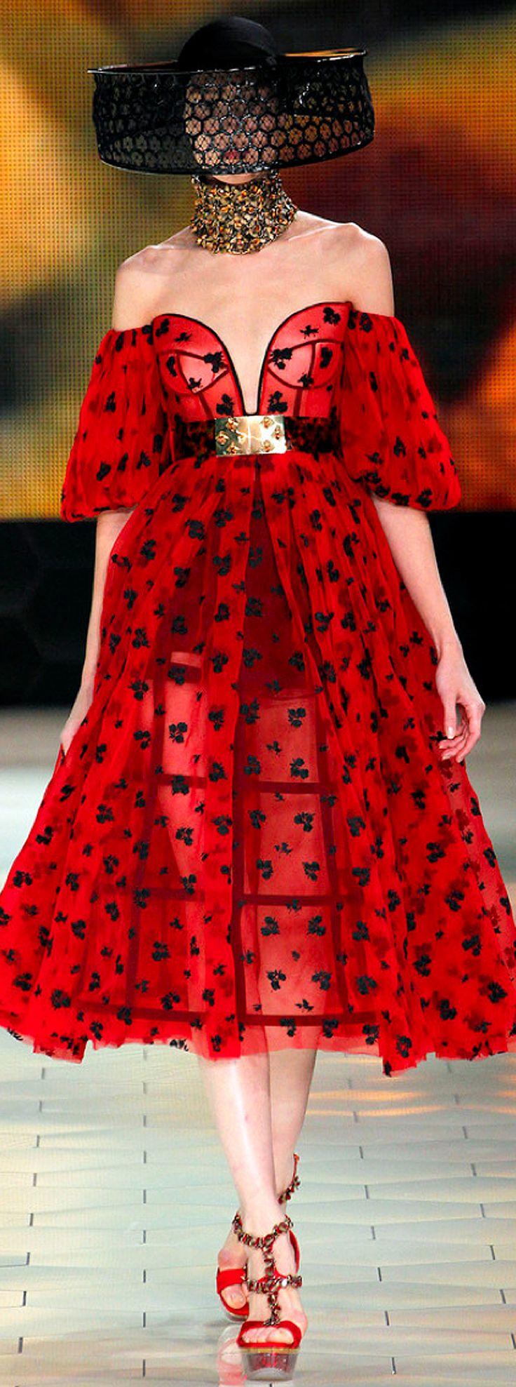 Alexander McQueen Spring 2013 Ready-to-Wear Collection via Très Haute Diva