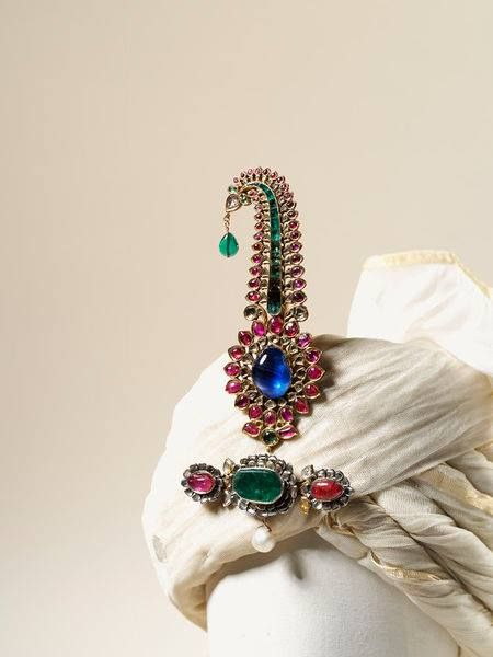 Turban jewels (jigha and sarpati) presented to Admiral Charles Watson by the Nawab of Bengal, about 1755.