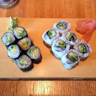 umi restaurant : avocado maki + aac maki.