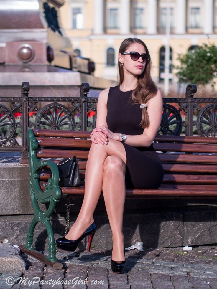 My perfect little black dress – #MyPantyhoseGirl #tan #pantyhose #legs #blogger