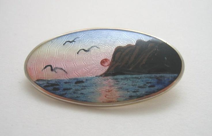 Elvik Nordkap scenic brooch: Scenic Brooches, Guilloch Scenic, Guilloch Pretty, Nordkap Scenic, Guilloch Jewelry, Scandinavian Guilloch, Enamels Scenic, Nordkap Guilloch