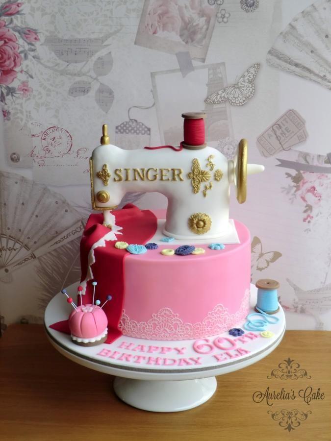 Singer sewing machine cake - Cake by Aurelia's Cake