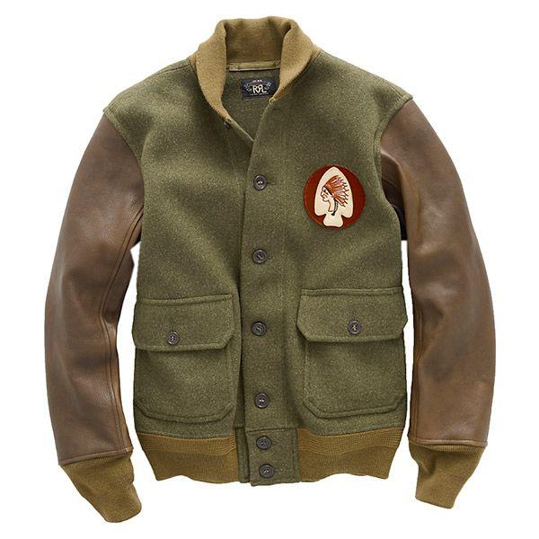 『 RRL 』より「Ross バーシティ ジャケット」になります。 丈夫なウールを使用したヴィンテージ風のバーシティジャケットです。 スリーブのレザーの切り返しやインディアンヘッドのグラフィック パッチが特徴的です。 素材やコントラストも魅力の注目度の高い一着です。