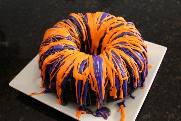 Halloween_Rainbow_Party_Cake_Halloween_Food_Recipe_Ideas-7