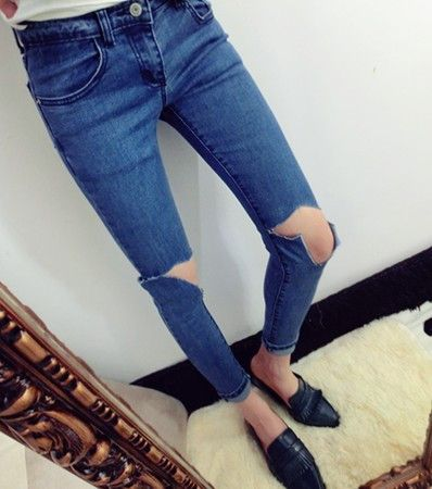 Tash Ripped Skinny Jeans $65.00 http://www.helloparry.com/collections/new-arrival/products/tash-ripped-skinny-jeans