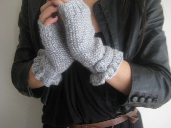 Christmas Gifts Light Grey Mittens Mittens Knitting by aykelila