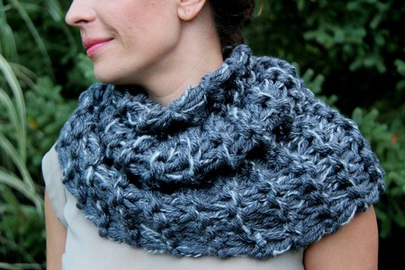 Hand Knit Outlander Inspired Claire's Cowl in Gray by KnitPlayLove, $59.00
