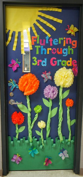 25 best ideas about teacher door decorations on pinterest for Art and craft for classroom decoration