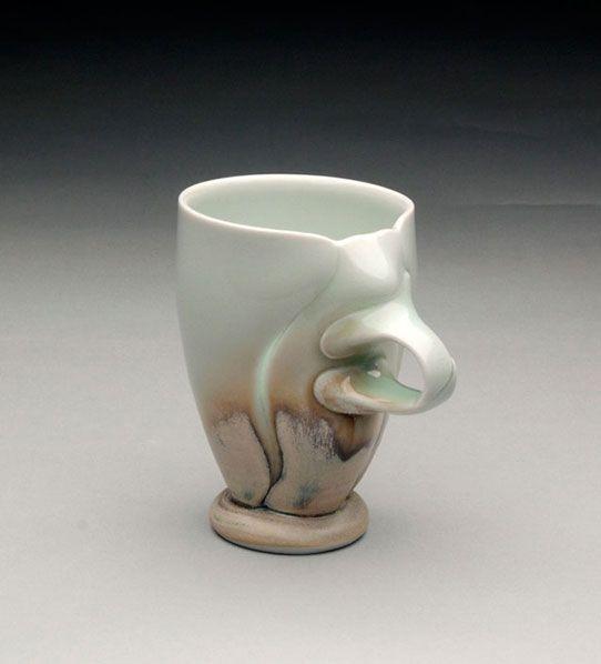 Noel BaileyInteresting Handles, Dem Handles, Exquisite Ceramics, Drinks Vessel, Ceramics Cups, Coffee Cups, Ceramics Coffee, Baileys Dem, Mugs