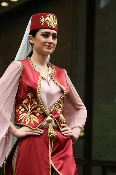 A Turkish woman in an exotic Ottoman costume ( Quinn Dombrowski's Image )