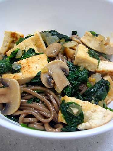 Soba with Spinach and Tofu Recipe