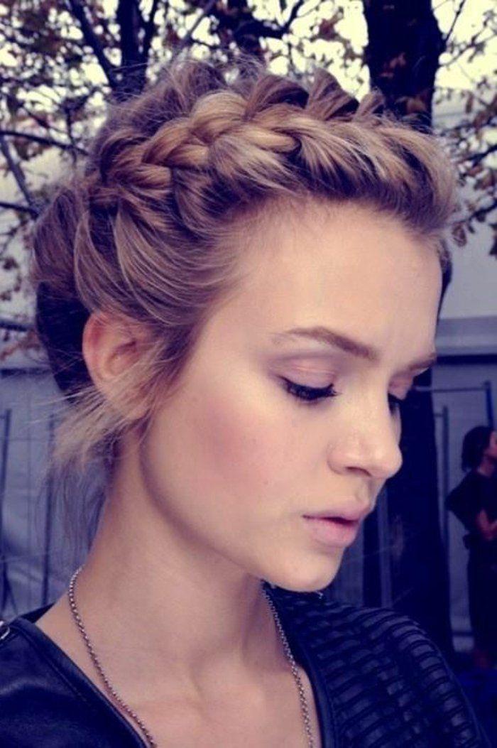 La coiffure avec tresse – mille et une variantes pour être belle – Archzine.fr