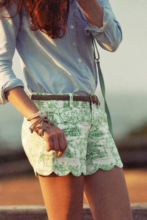 cute outfit. denim shirt and printed shorts.