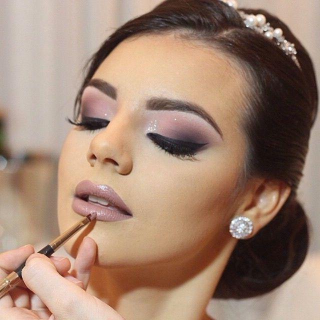 290 Imagenes De Maquillaje De Dia Noche Fiesta Natural Rubias Y Morenas Informaci Maquillaje Boda De Dia Maquillaje Novia Natural Maquillaje De Dia Novia