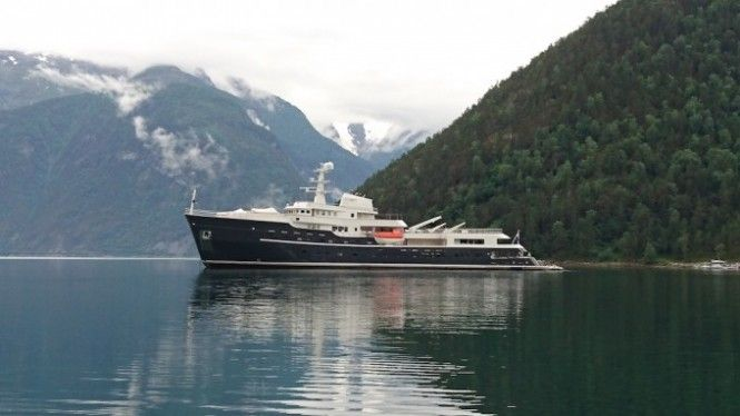 Drone Video of the Luxury Expedition Yacht LEGEND