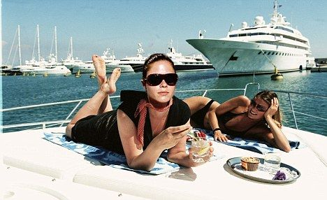 Could your life ever look like this...http://www.socialbis.com