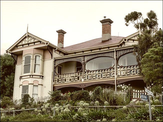 La Hovel! Travallyn Road, Launceston, Tasmania