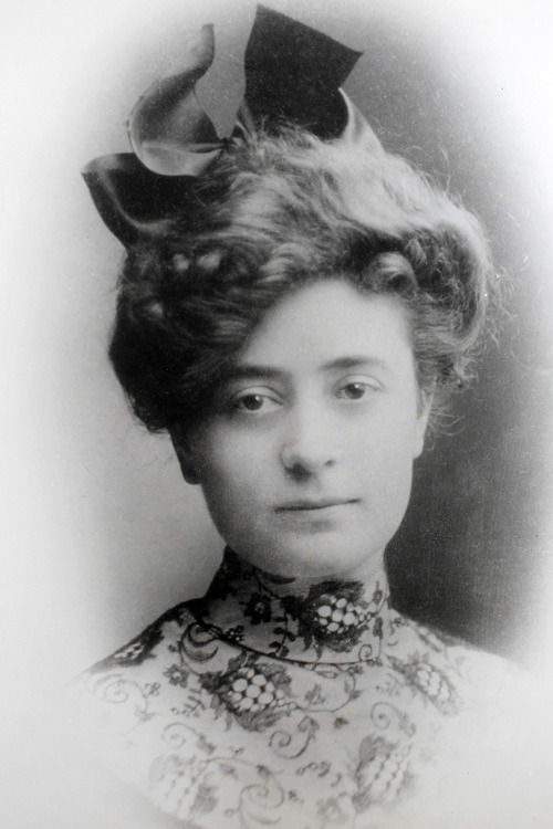 *IRENE COLVIN~of Utah,was an anomaly for the turn-of-the-20th-century Mormon woman, says her grandson,Don Corbert.A former school teacher,later trained as a nurse,she was smart+ambiutious,w/feminist learnings. Determined to study midwife nursing at Generally Lying-in Hospital in London. Boarding the RMS Virginian,it was a harrowing trip+had to play into her decision to return by the the biggest ship alfoat,the Titanic...she did complete her training, how not survive the Titanic.