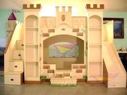 resultado de imagen de camas literas para nias con forma de castillo a medida