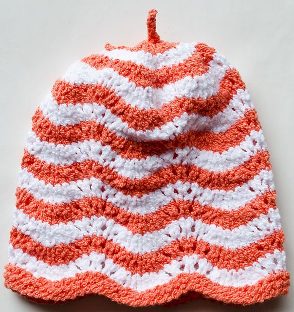Ravelry: Feather & Fan Fixation Baby Hat pattern by Candy Grastorf