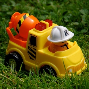 Jucarii pentru calatorii cu cei mici | Cipolino