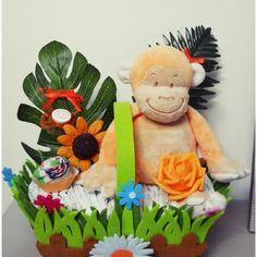 Gateau de couches panier fleuri petit singe orange nappy cake créations