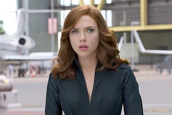 """Scarlett Johansson on Choosing Roles and """"Pushing Your Boundaries"""" - Daily Actor"""