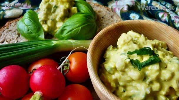 Avokádovo-vajíčková nátierka (fotorecept) - Recept