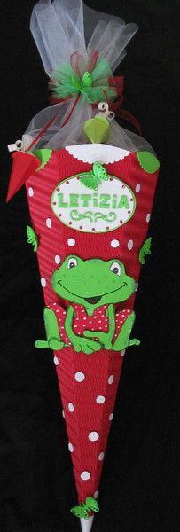 Biete hier eine wunderschöne Schultüte mit Froschmotiv an. Die Schultüte hat eine Höhe von ca. 100 cm inklusive Tüll und ist von mir in liebevoller...