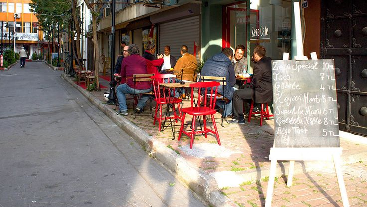 Zeze Cafe - Antalya cafeler . Akşamüstü...