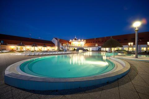 Best Baths in Hungary - Kehida Thermal Baths, Kehidakustány – BudapestCanoe.Com