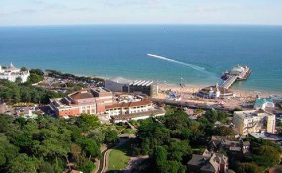 EF International Language Centres 場所: Bournemouth, Bournemouth