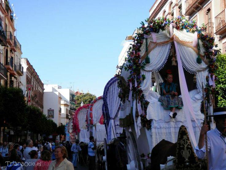 Salida de la Hermandad del Rocio de Triana 2014  http://www.trianaocio.es/#!cofrade/c1d94