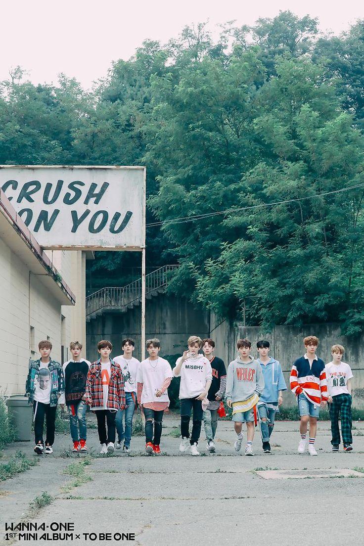 [BY Wanna One 워너원]   HOT DEBUT   Wanna One 1st MINI ALBUM '1X1=1(TO BE ONE)'워너블 여러분 안녕...