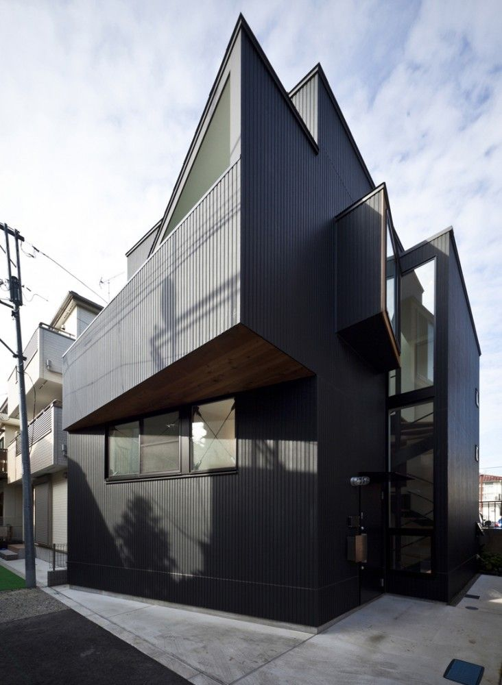 House in Shimomaruko / atelier HAKO architects