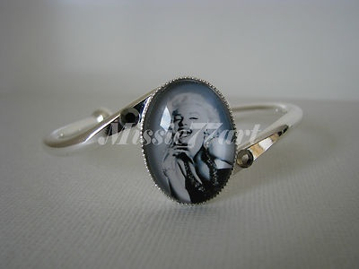 Marilyn Monroe Glass Cameo Cuff Bangle Silver Plate - Gift boxed $24.95