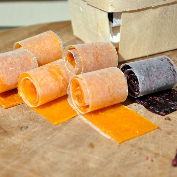 Homemade Fruit Roll Ups made with ONLY fruit: Cant Wait, Fruit Rolls Up, Homemade Fruit, Fruit Rollup, Healthy Fruit, Recipes, Fruit Snacks, Yummy, Home Made