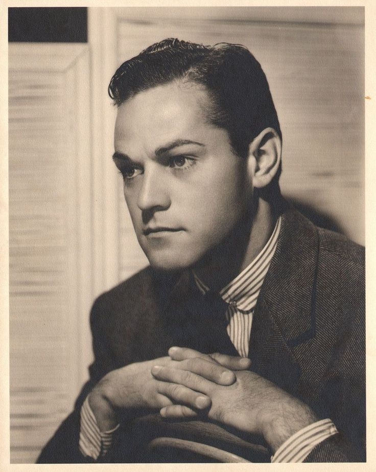 Alan Curtis, photographed by Clarence Sinclair Bull, 1939