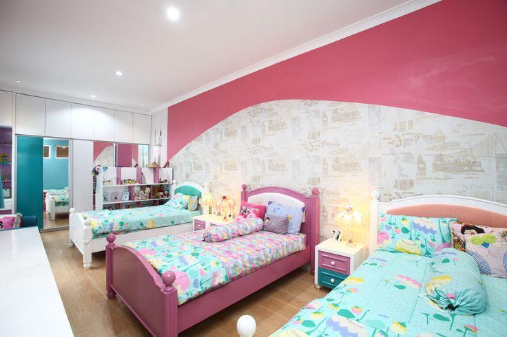 Dekorasi kamar anak perempuan dominasi warna pink | Portofolio By : A+ Plan (Interior Designer di Sejasa.com)
