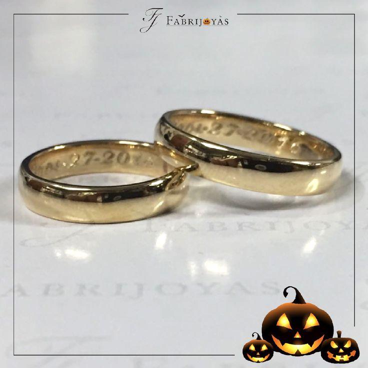 La Argolla de Matrimonio que ha triunfado durante generaciones ha sido sin lugar a dudas la media caña, es el diseño por excelencia.  #ArgollasDeMatrimonioCali #ArgollasDeMatrimonioColombia #WeddingBandsColombia