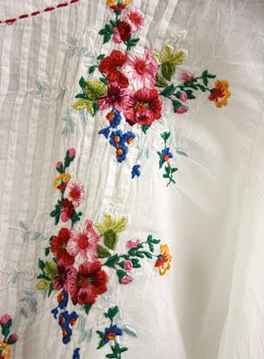 pretty little flowers embroidery