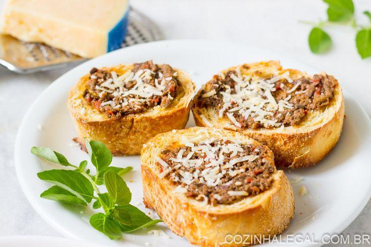 Aperitivo perfeito para servir de entrada na Ceia de Natal. Em 15 minutos você prepara essa delícia com cara de festa.    cozinhalegal.com.br