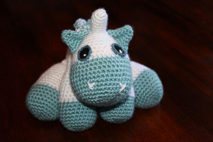 Baby Unicorn - free pattern by littleyarnfriends.com I ...