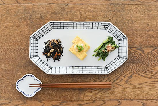 九谷焼/日下華子/格子/八角皿 - 北欧雑貨と北欧食器の通販サイト  北欧、暮らしの道具店