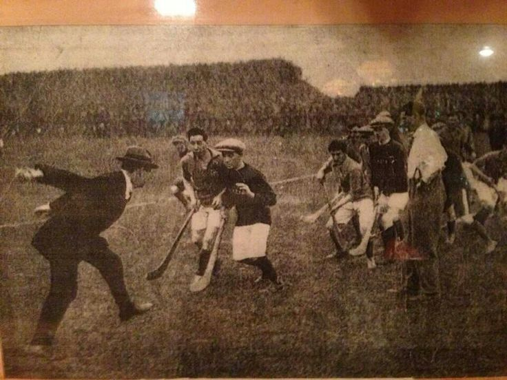 Michael Collins 1921 throwing last in All Ireland Hurling
