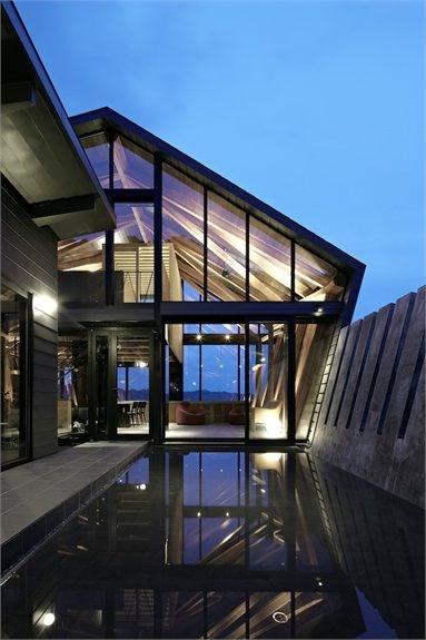 Villa SSK - Chiba, Japan - 2012 - Takeshi Hirobe Architects architecture