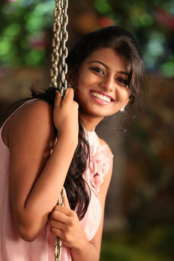 Samantha Tamil Actress Wallpapers in jpg format for free ...
