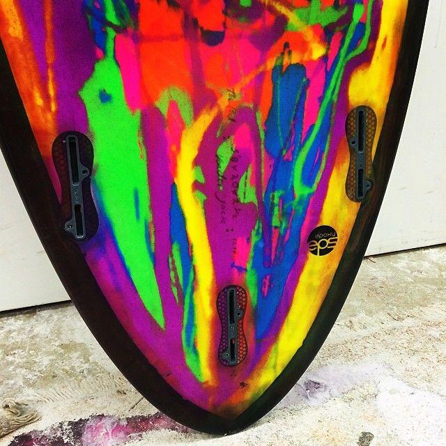 Fluro resin tint tail dip with FCS2 plugs @vandasurf Instagram photos | Websta