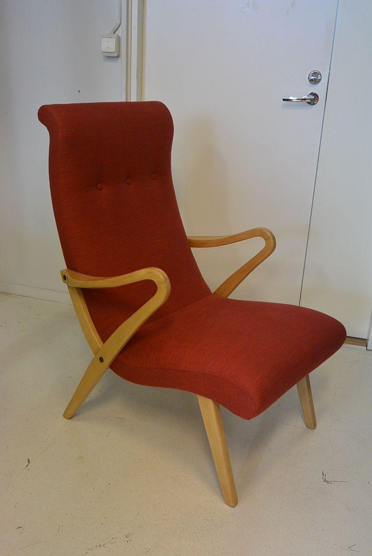 50 -luvun nojatuoli , uudelleen verhoiltu ja puuosat pintakäsitelty. MYYNNISSÄ