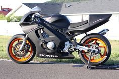 Honda CBR 600F3 pályamotor